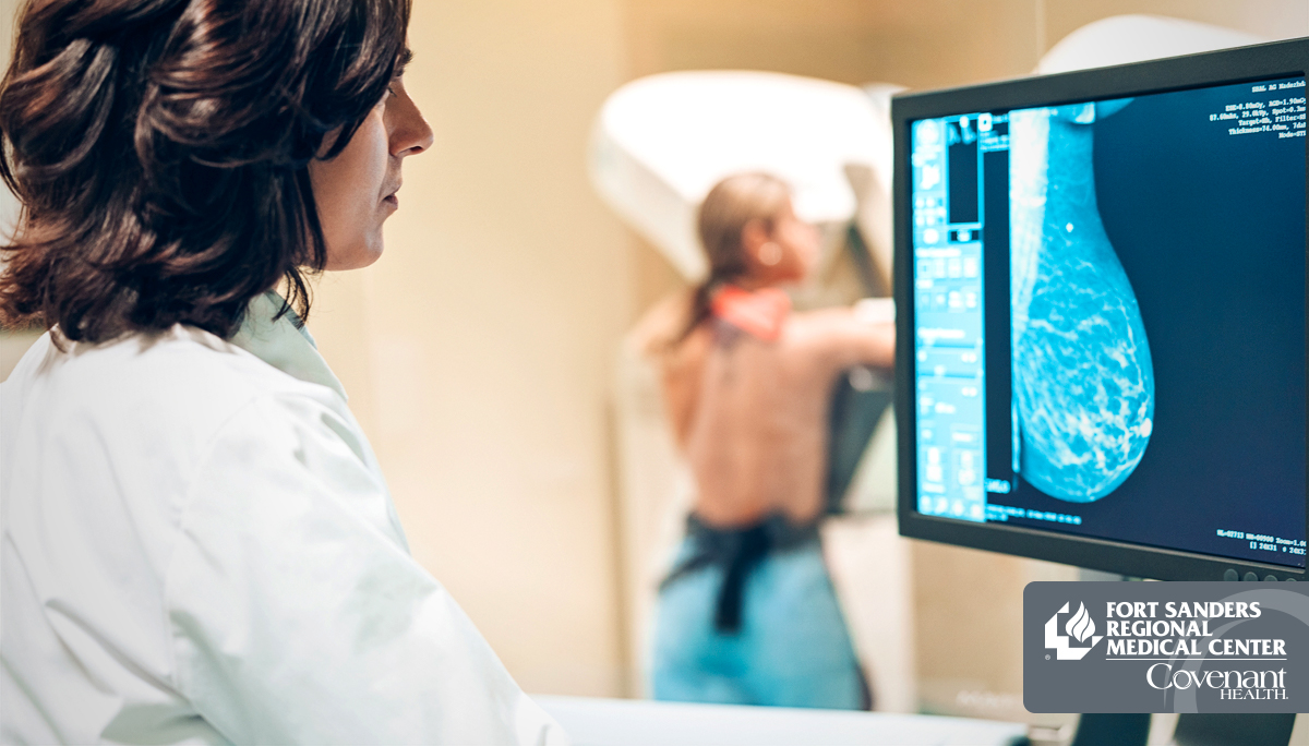woman getting her mammogram screening